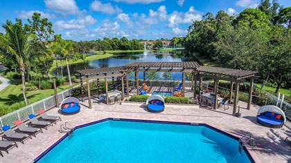 Apartment for rent in 7700 Pine Lakes Boulevard, Port St. Lucie, FL, 34952