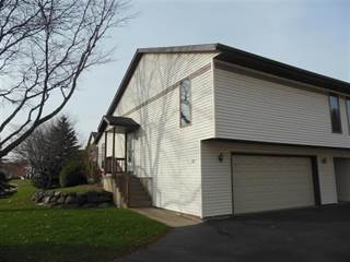 Townhouse for sale in 122 White Tail Dr 622, Sun Prairie, WI, 53590