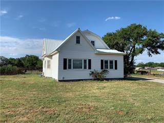 Single Family for sale in 1715 W Country Club Boulevard, Elk City, OK, 73644