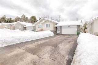 Residential Property for sale in 65 Oak Ave, Petawawa, Ontario