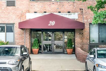 Residential Property for sale in 20 Bay Street Landing 2 D, Staten Island, NY, 10301