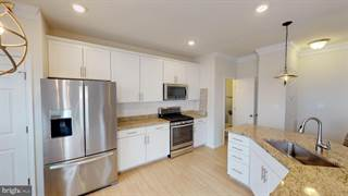 Condo for sale in 5922 FORUM SQUARE, Frederick, MD, 21703
