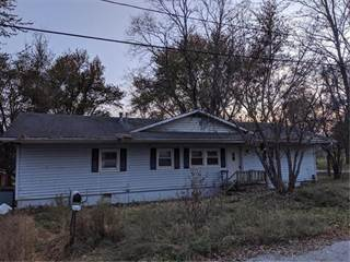 Single Family for sale in 209 W 7th Street, Knob Noster, MO, 65336
