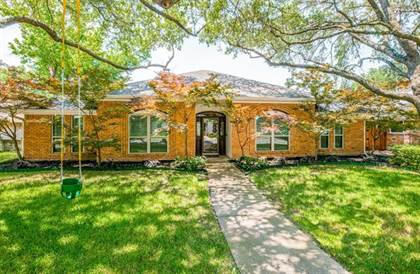 Residential for sale in 7121 Claybrook Drive, Dallas, TX, 75231