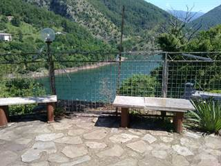 """Apartment for sale in """"The Lake House"""" Vagli di Sotto - Lucca, Lucca, Tuscany"""
