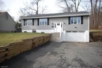 Photo of 127 JENNINGS LN, North Plainfield, NJ