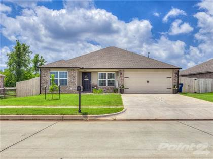 Single Family for sale in 1804 W Antler Way, Mustang, OK, 73064