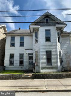Multifamily for sale in 434 E KING STREET, Shippensburg, PA, 17257