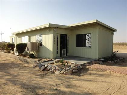 Residential for sale in 45950 183rd Street, Lancaster, CA, 93535