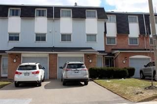 Condo for sale in 17 GLEN VISTA Drive, Hamilton, Ontario, L8K6L6
