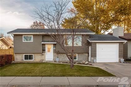 Residential Property for sale in 218 Smith ROAD, Saskatoon, Saskatchewan, S7M 4Z5