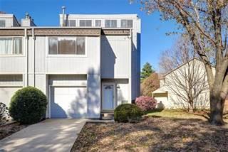 Townhouse for sale in 12010 W 66th Street, Shawnee, KS, 66216