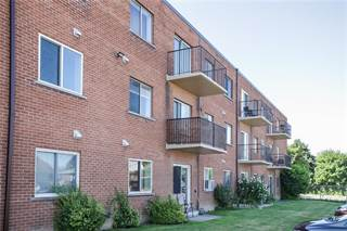 Condo for sale in 25 -CARLTON Street, St. Catharines, Ontario, L2M4X1