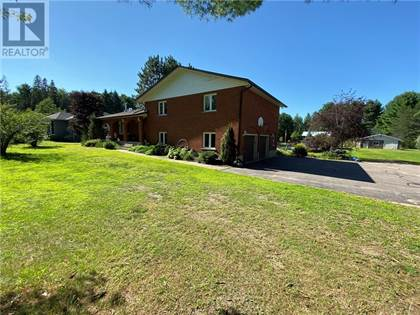 Single Family for sale in 458 AIRPORT ROAD, Petawawa, Ontario, K8A6W7