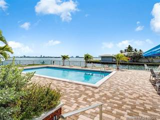 Condo for sale in 1700 NE 105th St 505, Miami Shores, FL, 33138