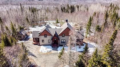 Multifamily for sale in 1160Z Rue des Hauts-Bois, Val-David, Quebec, J0T2N0