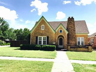 Residential Property for sale in 310 Avenue G SE, Childress, TX, 79201