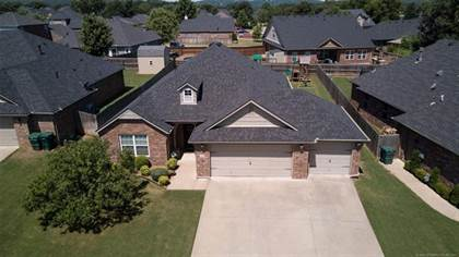 Residential Property for sale in 3906 S Maple Avenue, Sand Springs, OK, 74063