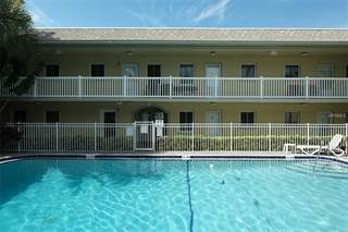Condo for sale in 600 71ST AVENUE 7, St. Petersburg, FL, 33702
