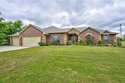 Residential for sale in 7213 Ridge Manor Lane, Oklahoma City, OK, 73150