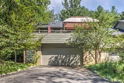 Residential for sale in 1574 Autumn Leaf Drive, Ballwin, MO, 63021