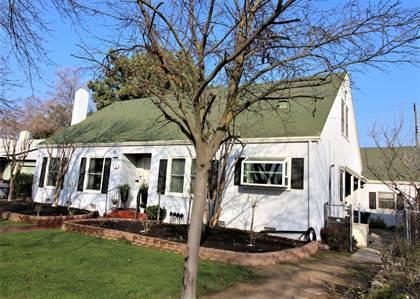 Residential for sale in 23 E Andrews Avenue, Fresno, CA, 93704