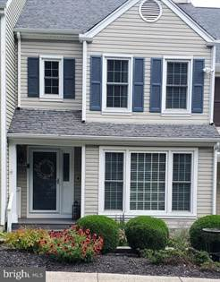 Residential Property for sale in 8204 MAPLE RIDGE AVE, Springfield, VA, 22153