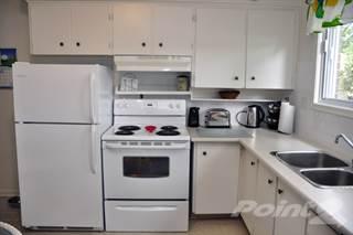 Apartment for rent in Georgian Court Estates - Three Bedroom Townhome, Burlington, Ontario