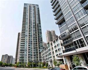 Condo for sale in 225 Webb Dr, Mississauga, Ontario