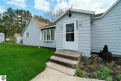 Multifamily for sale in 14695 Panu Avenue, Kaleva, MI, 49645