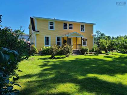 Residential Property for sale in 186 Clearway Street, Mahone Bay, Nova Scotia, B0J 2E0