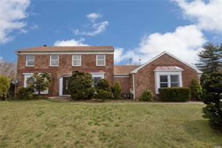 Multi-family Home for sale in 2 & 4 Dunlop Ct, Commack, NY, 11725