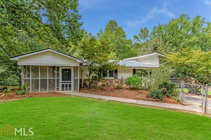 Residential for sale in 3330 Lee Dr, Buford, GA, 30518