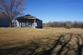 Single Family for sale in 1106 West Main Street, Herington, KS, 67449
