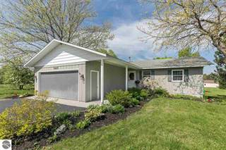 Residential Property for sale in 5665 Apple Valley Road, Acme, MI, 49690