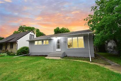 Single Family for sale in 372 Burrin Avenue, Winnipeg, Manitoba, R2V1E9