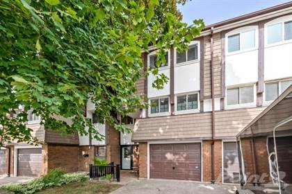 Condominium for sale in 9 VIOLET Drive, Hamilton, Ontario, L8E 3J2