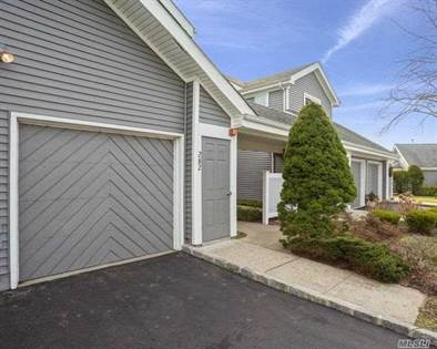 Residential for sale in 282 Dockside Court, Moriches, NY, 11955