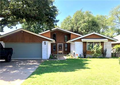 Residential for sale in 13105 Brooke Avenue, Oklahoma City, OK, 73013