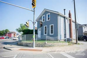 Residential Property for sale in 288 BRANT Avenue, Brantford, Ontario, N3T 3J7