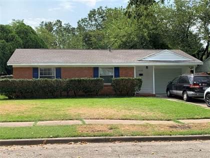 Residential Property for sale in 2122 El Capitan Drive, Dallas, TX, 75228