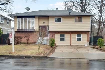 Residential Property for sale in 15 N 10th Street, Wyandanch, NY, 11798