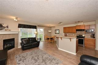 Condo for sale in 212 ROYAL CREST VW NW, Calgary, Alberta