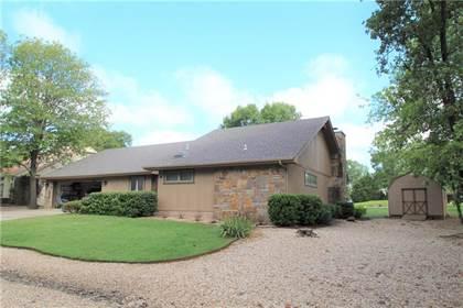 Residential Property for sale in 8 Monikie  DR, Bella Vista, AR, 72715