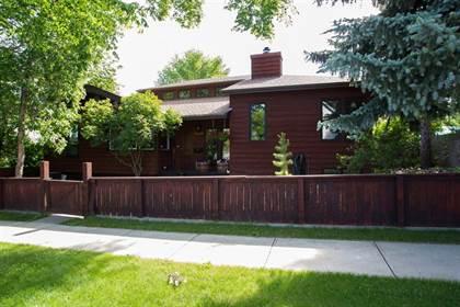 Residential Property for sale in 933 7A Street S, Lethbridge, Alberta, T1J 2J1