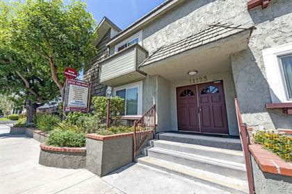 Apartment for rent in 11123 Aqua Vista Street, Los Angeles, CA, 91602