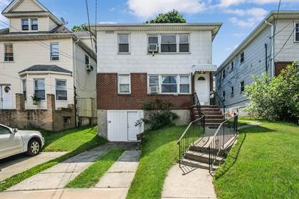 Residential Property for sale in 140 Castleton Avenue, Staten Island, NY, 10301