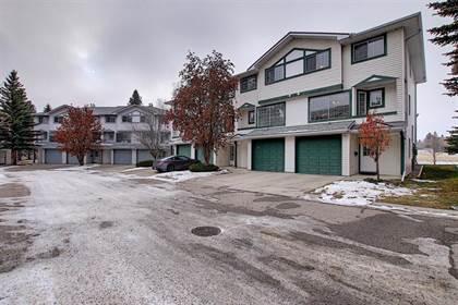 Single Family for sale in 11 Kingsland Villas SW, Calgary, Alberta, T2V5J9