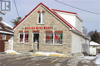 Retail Property for sale in 15 NORFOLK Avenue, Cambridge, Ontario, N1R3T5