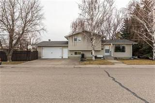 Residential Property for sale in 201 Chippewa Crescent W, Lethbridge, Alberta, T1K 5B4